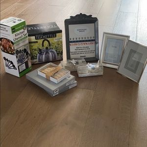 8 pieces of brand new home supply just for $34